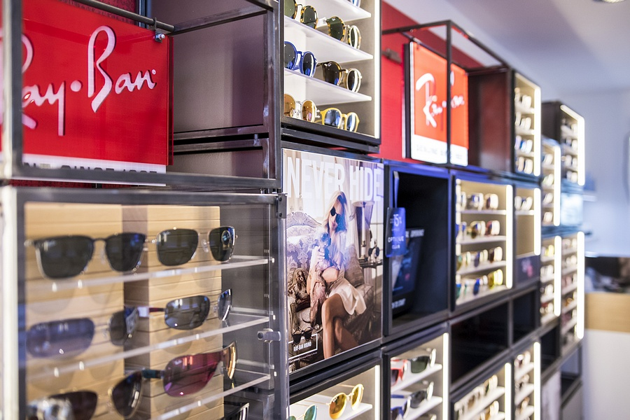 Butik Optique Arkadia - Ray-Ban, Oakley, Vogue, Gepetto