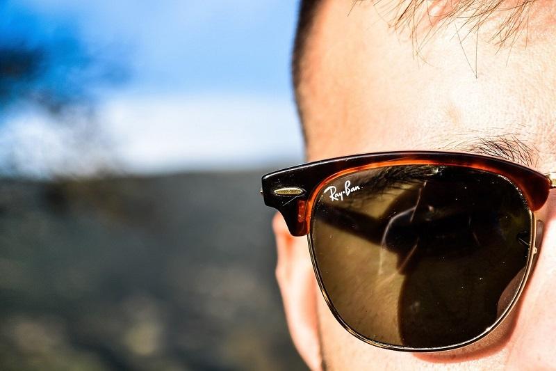 Okulary przeciwsłoneczne Ray Ban – jaki model wybrać